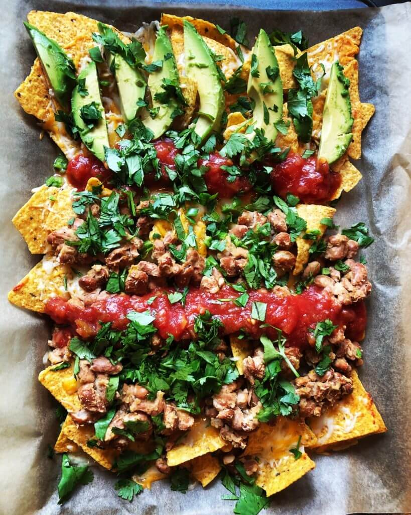 Healthy Vegetarian Sheet Pan Nachos