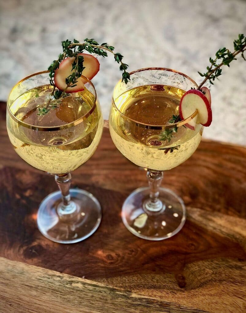 Apple Cider Wine Spritzer